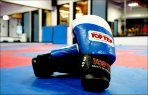 kickboxing-gloves